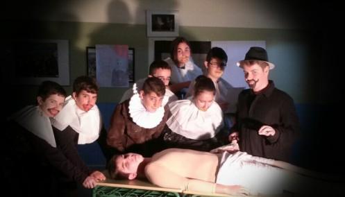 Recreación escolar de La lección de anatomía de Rembrandt