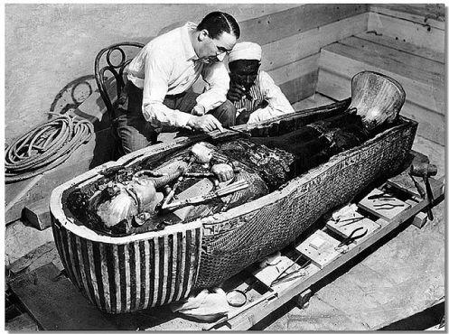 Howard Carter in Tutankhamun's tomb